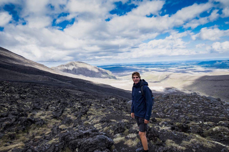 tongariro track volcano view 2