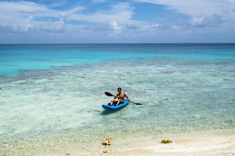 FP: Rangiroa kayak