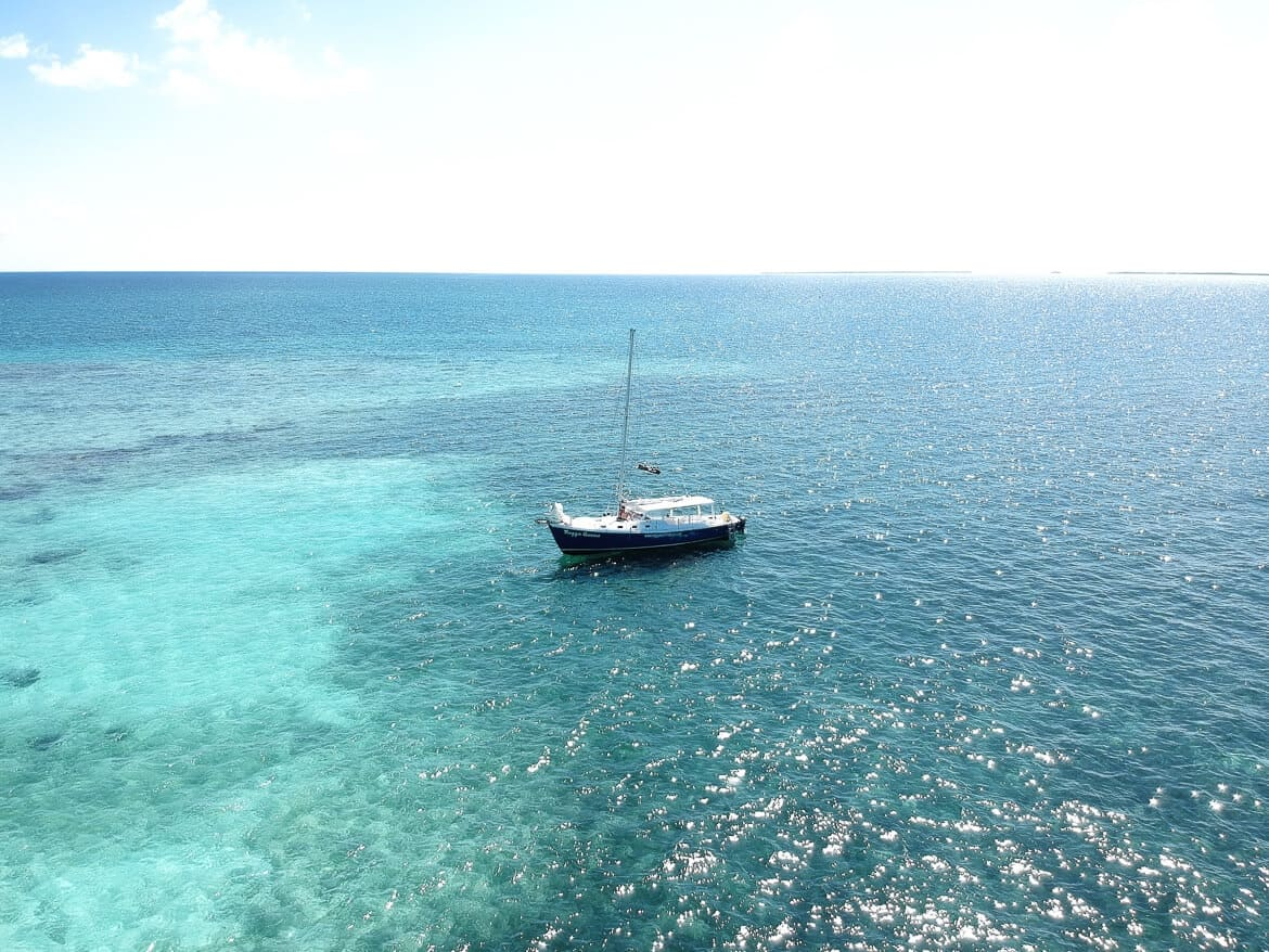 Sailing Belize