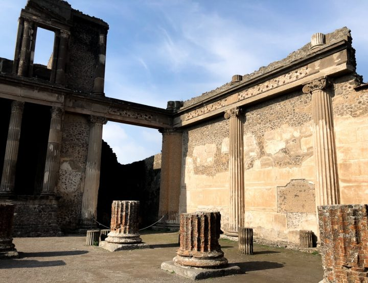 Travel Guide: Everything you need to know about Pompeii!