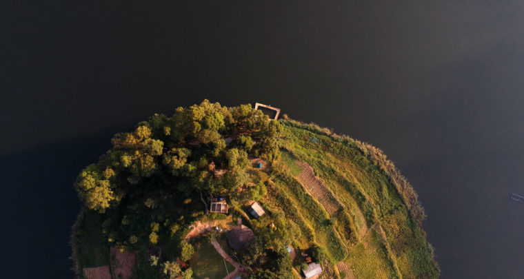 Travel Guide Lake Bunyonyi in Uganda