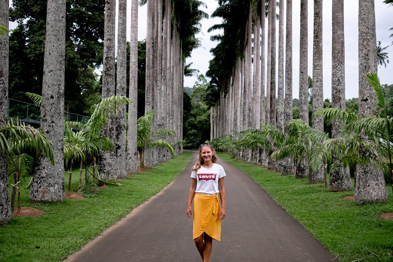 Charlotte @ Royal Gardens of Kandy 2