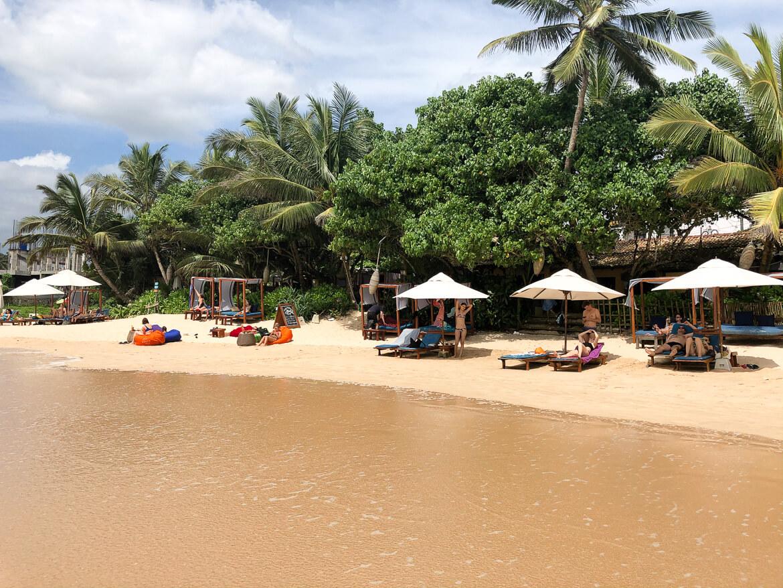 Marissa beach beds