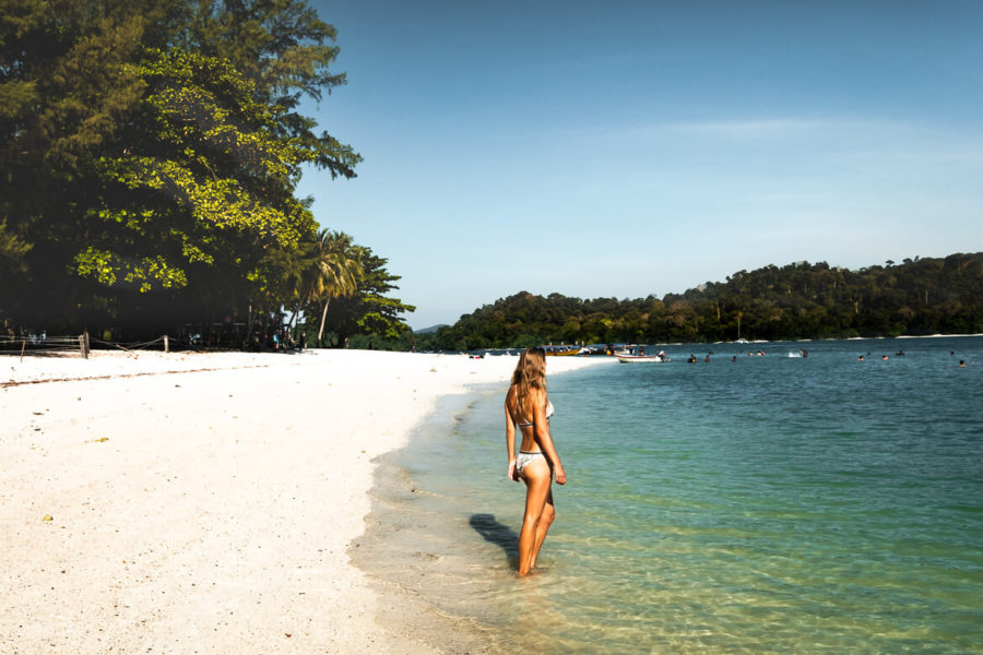 Pulau Kentut Besar beach